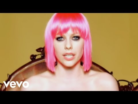 Avril Lavigne - The Best Damn Thing (Official Music Video)